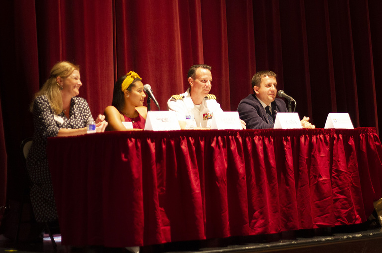 SJS Hosts 'Serious About Science: College Admissions in the STEM Fields'